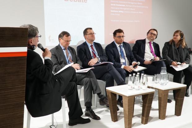 Przez drogi CO2 może zabraknąć pieniędzy na budowę OZE w Polsce