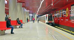"""Maszynista w warszawskim metrze niepotrzebny. """"Jest tylko po to, by nie deprymować pasażerów"""""""