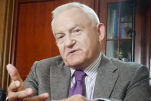 Leszek Miller: mówienie o strefie euro jest jak samobójstwo