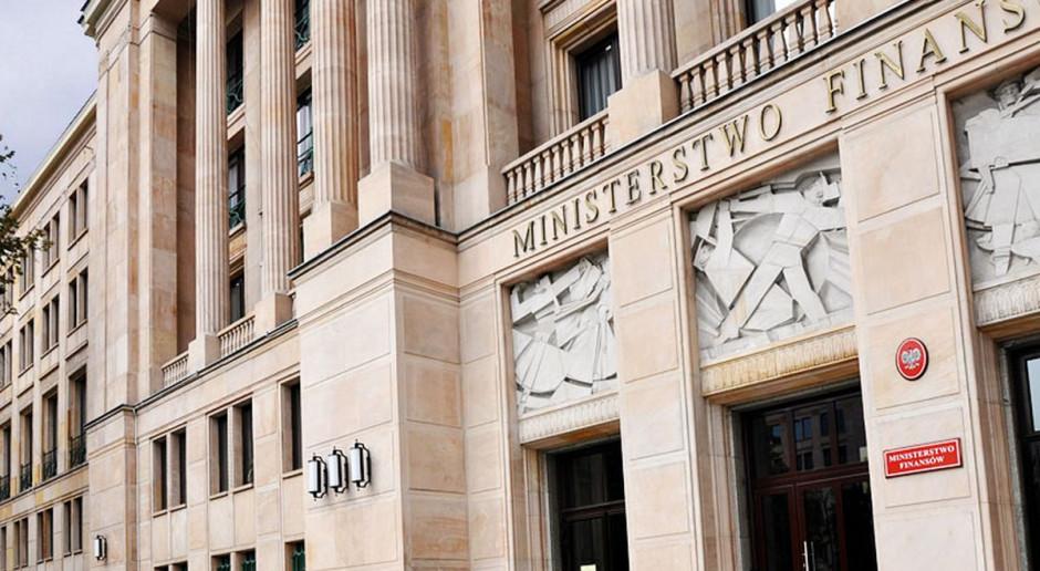 """Wiceminister finansów: Odpowiedzią na spowolnienie gospodarcze będzie """"Piątka PiS"""""""