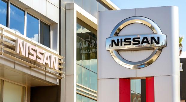 Akcje Nissana toną i mogą podtopić Renault