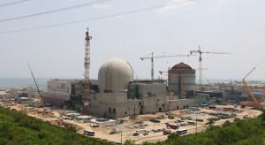 Rząd podtrzymuje chęć budowy elektrowni jądrowych
