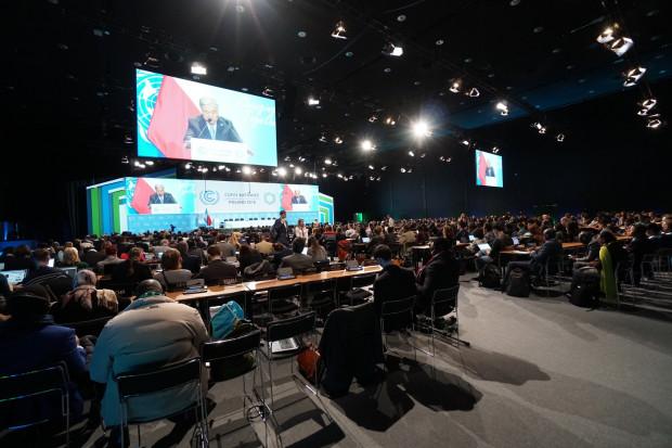 COP24: Sesja plenarna szczytu klimatycznego - w południe