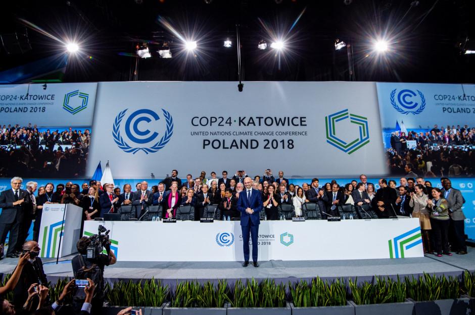 Po długich negocjacjach COP24 zakończył się w niedzielę, 16 grudnia, krótko po północy. Pod adresem polskiej prezydencji skierowano wiele słów uznania i podziękowania za prowadzenia negocjacji i przyczynienie się do przyjęcia