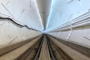 Tunele Elona Muska zmienią transport w miastach. Pierwszy już działa