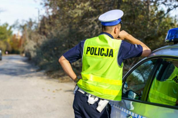 NIK: pompowanie pieniędzy w wynagrodzenia nie zatrzymało fali odejść policjantów