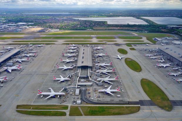 Drony znów zablokowały brytyjskie lotnisko - tym razem Heathrow