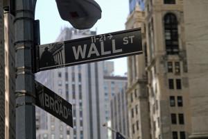 Nowojorskie giełdy kończą sesję niewielkimi wzrostami