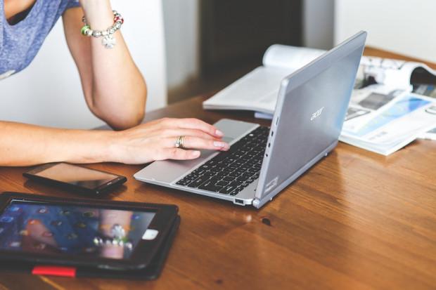Co najczęściej polecamy w internecie? Zaskakujące wyniki badań