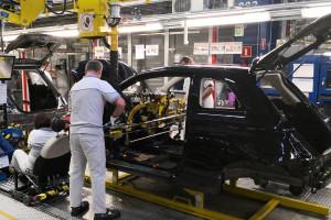 Tyska fabryka samochodów FCA przedłuża przerwę w produkcji