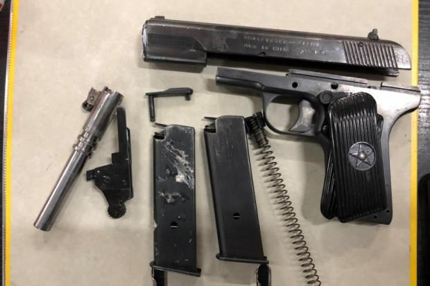 Broń, kusze, amunicja - w przesyłkach pocztowych