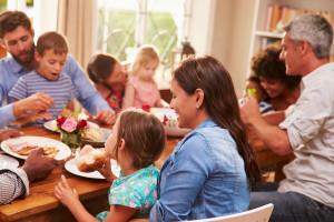 Polacy coraz bardziej zadowoleni z życia