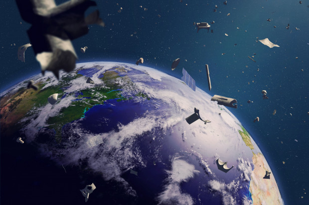 Polska pomoże w sprzątaniu kosmosu. Do wzięcia jest 350 mln euro