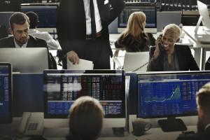 Główne indeksy na Wall Street zaczynają tydzień od spadków