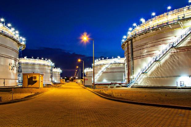Naftoremont-Naftobudowa i Agat rozbudują Terminal Naftowy dla PERN