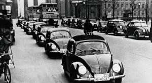 """Pierwszego Volkswagena stworzył Żyd. Był jednak """"mały"""" problem. Fakty o Garbusie, których (pewnie) nie znacie"""