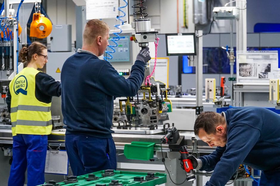Zdjęcie numer 2 - galeria: Fabryka silników w Tychach znów działa - fotogaleria