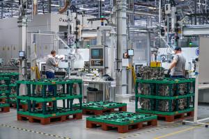 Zdjęcie numer 9 - galeria: Fabryka silników w Tychach znów działa - fotogaleria