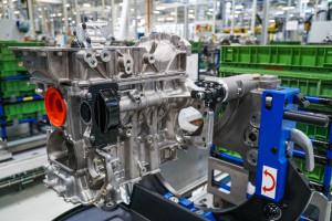 Zdjęcie numer 11 - galeria: Fabryka silników w Tychach znów działa - fotogaleria
