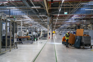 Zdjęcie numer 12 - galeria: Fabryka silników w Tychach znów działa - fotogaleria