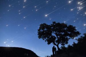 Satelita z Japonii spuści na ziemię deszcz meteorów. Sztucznych