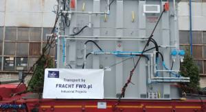 Wymagająca operacja logistyczna: przewieźli 75-tonowy transformator do USA
