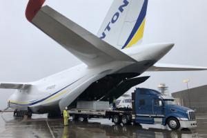 Przerzucili przez Atlantyk turbinę parową i generator. 188 ton w dwóch samolotach