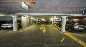 Łatwiej o rezerwację parkingu na największym polskim lotnisku