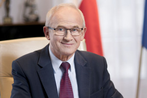 Krzysztof Tchórzewski zapowiada budowę fabryki samochodów elektrycznych
