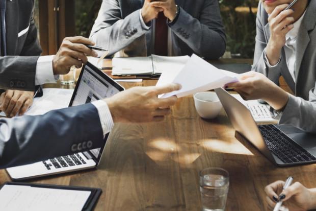 W relacjach państwa z biznesem nadchodzi era cyfryzacji. Przedsiębiorcy liczą na uporządkowanie przepisów