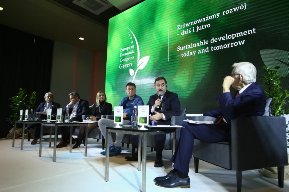 Głos w debacie zabrał m.in. wiceprezes ds. strategii i rozwoju firmy Dalkia Jérôme Ladrière. Fot. PTWP