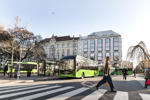 Elektryczne autobusy z Wrocławia podbijają kolejne szwedzkie miasto