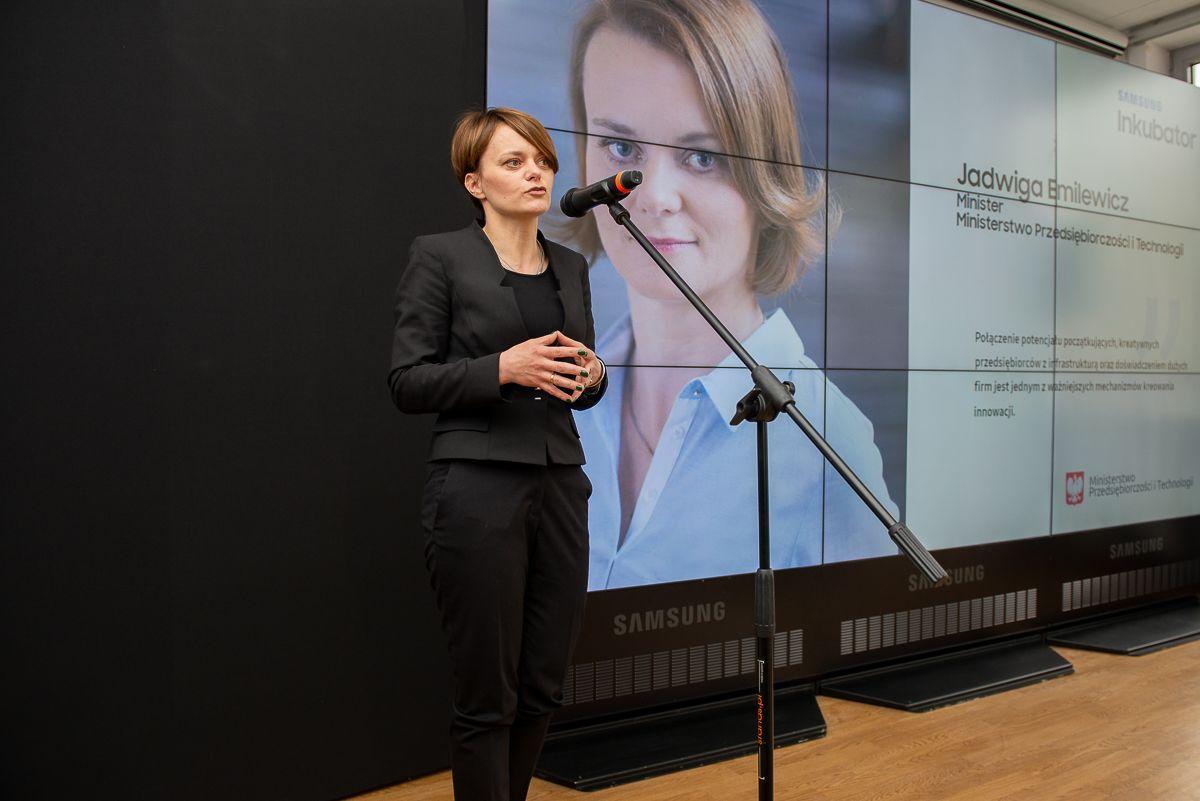 Minister przedsiębiorczości i technologii Jadwiga Emilewicz (fot. mat. pras.)