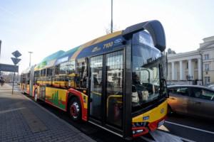 Berlin zamówił 15 przegubowych elektrobusów Solarisa