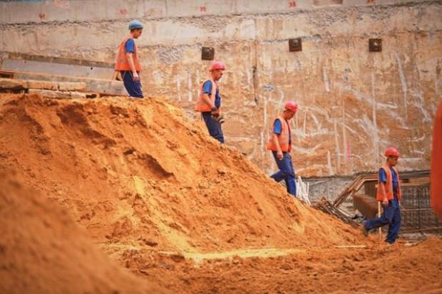 Jedna z największych grup budowlanych tonie na giełdzie. To początek tsunami?