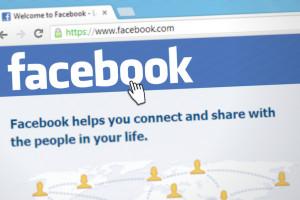 Naruszenie prywatności na Facebooku? Serwis winą obarcza użytkowników