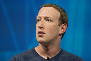 Facebook realizuje pierwsze postanowienie noworoczne