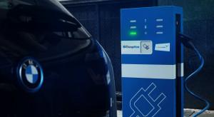 BMW i Daimler przeznaczą 1 mld euro na działania w usługach mobilnych