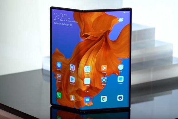 Huawei Mate X z czipem Kirin 990 wspierającym 5G