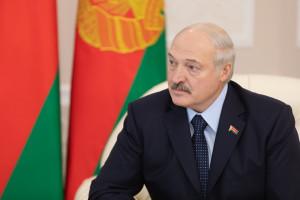Prezydent Białorusi: Polska wydaje 50 mld na armię i wszyscy milczą