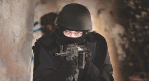 Większy popyt na produkty ochrony osobistej służb mundurowych