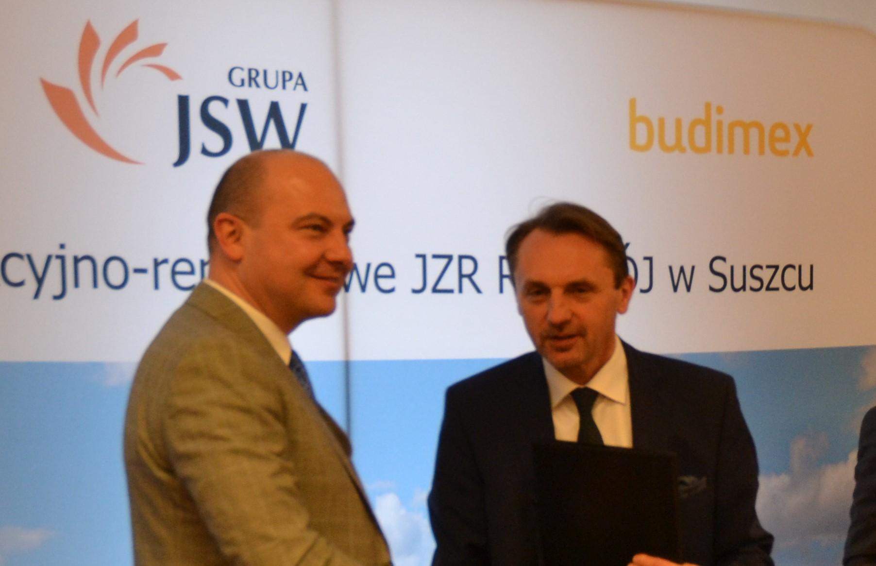 Od lewej prezes JSW Daniel Ozon i prezes Budimeksu Dariusz Blocher. fot. mat. pras.