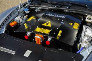 Prototyp elektrycznego Aston Martina RapidE z roku 2015.