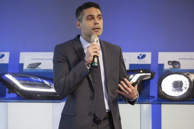 Nowinki technologiczne sprzyjają nowym dostawcom - mówi dyrektor w Varroc Lighting Systems