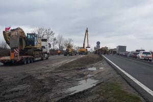 Jedna z ważniejszych dróg w Polsce była zablokowana. Budowlańcy wściekli na Włochów