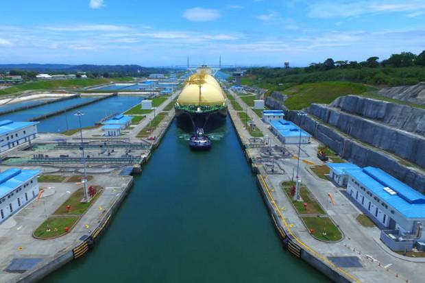 El Niño nadal rządzi Kanałem Panamskim