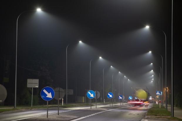 Oświetlenie uliczne staje się domeną sztucznej inteligencji