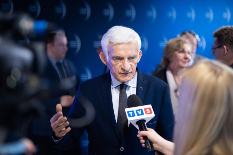 Jerzy Buzek, poseł do Parlamentu Europejskiego, przewodniczący Parlamentu Europejskiego w latach 2009-2012, prezes Rady Ministrów w latach 1997-2001, Przewodniczący Rady EEC.