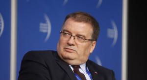 Prezydencki minister ostrzega: internet jako sfera wolności pryśnie, jak bańka mydlana