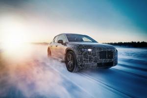 BMW sprawdza samochód elektryczny w ekstremalnych warunkach